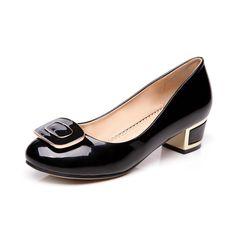 separation shoes a6ea8 d47ab Aliexpress.com  Comprar Nuevo 2017 Moda Elegante Oficina Mujeres Zapatos de  Charol de Tacón Bajo Zapatos de Los Planos Sapatos Femininos Sapatilhas  Zapatos ...