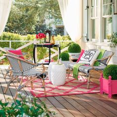 Try these charming front porch & patio ideas for your outdoor space! Lots of ideas to steal for patio decor, and some tutorials too! Outdoor Rooms, Outdoor Living, Outdoor Furniture Sets, Outdoor Decor, Outdoor Ideas, Monet, European Cafe, Front Porch Makeover, Patio Makeover