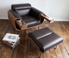 Manners_ Sigaar Lounge Chair_ (3)