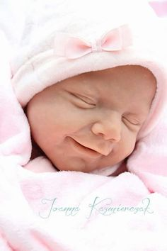 April Reborn Vinyl Doll Kit by Joanna Kazmierczak Bb Reborn, Reborn Doll Kits, Silicone Reborn Babies, Silicone Dolls, Silikon Baby, Life Like Baby Dolls, Realistic Baby Dolls, Newborn Baby Dolls, Lifelike Dolls