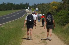 Peregrinos del Camino de Santiago (A Coruña) Consejos para evitar lesiones