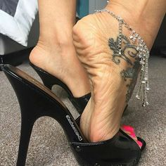 "552 Likes, 17 Comments - Markus M. Mey & ""Schatzi"" (@photographermey) on Instagram: ""A flower for my Schatzi :-) #sokate #louboutinsokate #highheels #jeans #jeansheels #crushing…"""