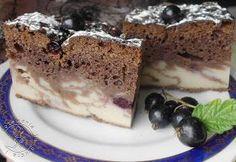 murzynek na marmurku z czarna porzeczką, łaciaty murzynek, czarna porzeczka, ciasto z marmurkiem, ciasto z jogurtem, murzynek z jogurtem, czarna porzeczka, ciasto z czarną porzeczką,