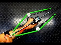 How to Prepare a Bug Out Laptop Kit – Bulletproof Survival Diy Slingshot, Wooden Slingshot, Survival Weapons, Survival Tips, Survival Skills, Lance Pierre, Cool Things To Build, Sling Bow, Wooden Toy Cars