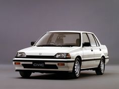 Honda Civic Si Sedan (1985 – 1987).