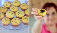 Ricetta facile per i muffins alla nutella. L'impasto semplice del muffin con un cuore di nutella. Ingredienti per 12 muffins alla nutella.