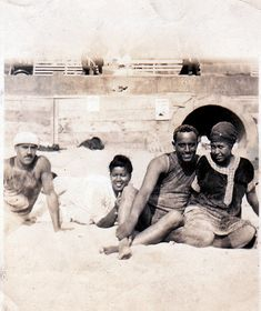 African Americans at the beach - 1930's Los Angeles