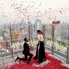A rooftop proposal. Swipe through to see how damn sweet this is. 🌹🌹🌹 photo via: by . Romantic Proposal, Romantic Night, Wedding Proposals, Marriage Proposals, Engagement Decorations, Wedding Decorations, Engagement Ideas, Fake Rose Petals, Flower Petals