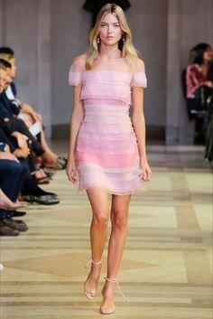 Sfilate Carolina Herrera Collezioni Primavera Estate 2016 - Sfilate New York - Moda Donna - Style.it
