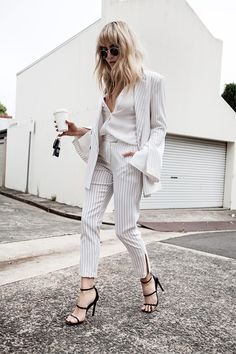 31 Perfect Outfits to Be Inspired By this August