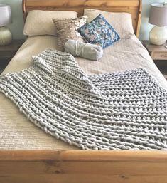 Chunky knit blanket, knit throw, handspun yarn, wool blanket, knitted blanket, wool throw, knit throw, bed runner Knitted Blankets, Merino Wool Blanket, Bed Runner, Knitting Wool, Hand Spinning, Warm And Cozy, Stitch, Pillows, Chunky Knits