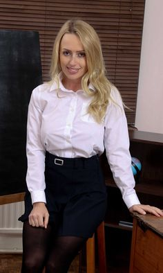 Sexy Blouse, Blouse And Skirt, Blouse Dress, White Shirt Outfits, White Shirts, Satin Blouses, Women's Blouses, Girls In Mini Skirts, Pantyhose Outfits