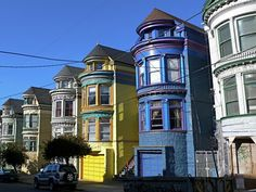 Victorian Architecture in Haight Ashbury San Francisco San Francisco Woman, Weekend In San Francisco, San Francisco Bay, Victorian Architecture, Beautiful Architecture, Great Places, Places To See, Amazing Places, Disneyland Main Street