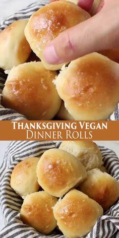 Thanksgiving Vegan Dinner Rolls