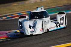 Nissan\'s ZEOD RC racecar completes the first all-electric lap at Le Mans