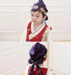 All about Korean Hanbok. All about Girl Hanbok. Here is All hanbok accessories. Korean Crafts, Korean Hanbok, Korean Traditional, Dress Hats, Baby Hats, Kids Fashion, Cap, Costumes, Best Deals