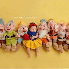 Crochet Snow White Set Photography Prop/Newborn Photo Prop/Infant Halloween Costume/Baby Shower Gift Cute Baby Pictures, Newborn Pictures, Baby Photos, Family Photos, Snow White Photos, Kids Photo Props, Newborn Photo Props, Photo Ideas, Baby Costumes