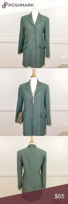 LOUBEN HERRINGBONE TWEED CLASSIC CAR COAT GREEN 💜 LOUBEN CARCOAT CLASSIC HERRINGBONE TWEED GREEN . CLASSIC STYLE HERRINGBONE TWEED IS A FOREVER COAT . Button  front with button detail on cuffs . Pockets are faux Kick pleat in back . 70% soft wool blend . Size 8 length from collar back approx 33 sleeves approx 23 shoulder measured across back approx 16.5 Preloved in excellent condition 💜 LOUBEN  Jackets & Coats