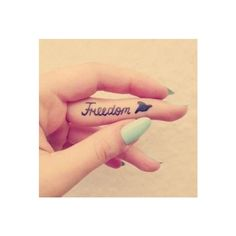 Freedom ink tattoo on finger ❤ liked on Polyvore featuring accessories, body art, tattoos, tatoo and tattos