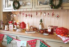 Christmas Decor From creative to fantabulous Uncomplicated suggestions to build a super terrific christmas decor on a budget farmhouse . Idea created on this moment 20181224 , posting reference 8086995494