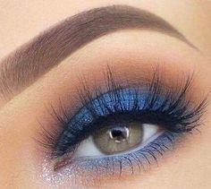 Gorgeous Makeup: Tips and Tricks With Eye Makeup and Eyeshadow – Makeup Design Ideas Dramatic Eye Makeup, Eye Makeup Tips, Smokey Eye Makeup, Makeup Goals, Makeup Inspo, Makeup Inspiration, Beauty Makeup, Makeup Ideas, Blue Smokey Eye