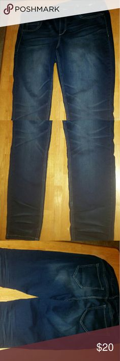 Skinny jeans Smoke free home,  skinny type Jegging jeans. Maurices Jeans Skinny