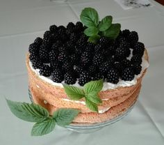 Naked cake with blueberry, blackberry & black currant