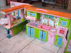 Rare Vintage 1964 Barbie's Dream Kitchen-Dinette with Furniture Original Owner