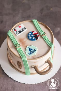 Travel Cake with Fondant - Old Vintage Suitcase with sticker London Paris New York