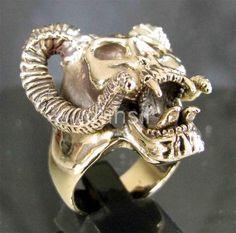 BRONZE HELLBOY RING DEVIL HEAD HORNED RAM SKULL TUB OCCULT WITCH LUCIFER SATANAS | eBay
