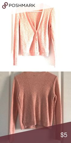 pink cardigan Pink cardigan with pearl buttons American Eagle Outfitters Sweaters Cardigans Pink Cardigan, Sweater Cardigan, Men Sweater, Cardigans, Sweaters, American Eagle Outfitters, Pearl, Buttons, Product Description