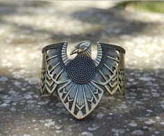 Bohemian Antiqued Thunderbird Hawk Bird Native American Tribal Cuff Bracelet Geo #Cuff Indian Jewelry, Boho Jewelry, Jewelery, Jewelry Accessories, Jewelry Design, Native American Fashion, Native American Jewelry, Style Hipster, Native Wears