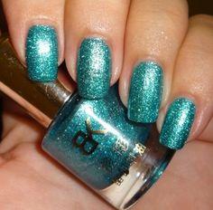 Born Pretty Store Silver Green Shimmer Nail Polish #nailart #nails #greennails #glitternails - bellashoot.com #polish