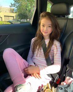 Beautiful Little Girls, Beautiful Girl Image, Cute Little Girls, Cute Kids, Cute Asian Babies, Asian Kids, Cute Asian Girls, Preteen Girls Fashion, Young Girl Fashion