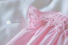 Fard à joues robe rose héritage filles   Etsy Blush Pink, Etsy, Pink Garden, Every Girl, Rose Pink Dress, Light Rose