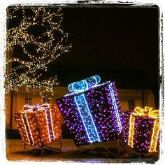 Warsaw's Castle Square and Krakowskie Przedmiescie Christmas Illuminations