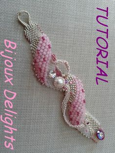 Freestyle Peyote Bracelet Pattern - On Etsy - Bijoux Delights $9.67