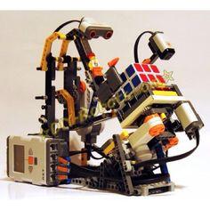Hans Andersson's Rubik's Cube solving robot.  Lego Mindstorms kit.