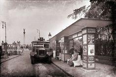 Andrássy út, háttérben a Hősök tere FP 54911 Old Pictures, Old Photos, Vintage Photos, Bus Station, Budapest Hungary, Homeland, Historical Photos, Tao, Street View