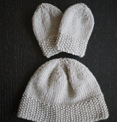 **Now updated with adjustments for 3-6 month size hat, and pattern for flower decoration**       My friend Reanna is having a baby boy at t...