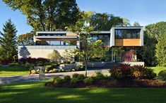 Stunning Modern Family Home In Ontario: Thorncrest House