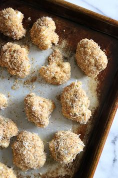 Skinnytaste - These delicious breaded cauliflower florets are baked in the oven with a parmesan-crumb crust, they remind me of my Moms fried cauliflower I used to love as a kid – without all the frying! Cauliflower Cheese Bake, Cauliflower Nuggets, Breaded Cauliflower, Cauliflower Recipes, Easy Healthy Recipes, Vegetable Recipes, Fall Recipes, Real Food Recipes, Cooking Recipes