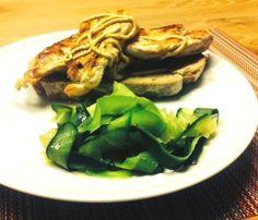 Peito de frango em pão alentejano | SAPO Lifestyle
