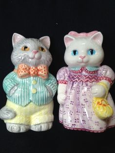 Avon boy and girl cats salt and pepper shakers by HoardersHideaway
