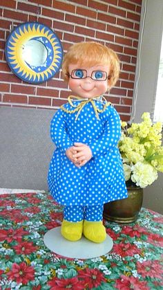 collar,apron, repl tiny glasses~ SALE NOW L Family Affair Tv Show, Mrs Beasley, 1970s Dolls, Doll Stands, Mom Birthday Gift, My Childhood Memories, Perfect Christmas Gifts, Try On, Beautiful Dolls