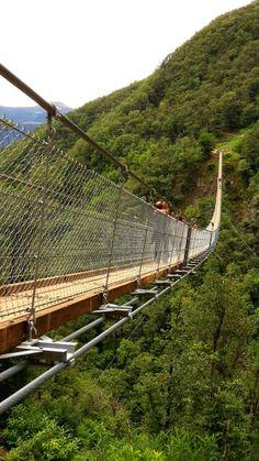 "The Tibetan Bridge in Ticino, Switzerland. / Il Ponte Tibetano ""Carasc"", Ticino. / Die Tibetanische Brücke ""Carasc"" im Tessin."
