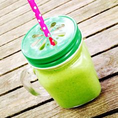 Green smoothie goodness in a bespoke Goodie Drinking Jar