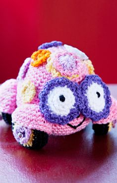 Love Bug Amigurumi Free Crochet Pattern from Aunt Lydia's Crochet Thread