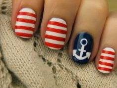 ooOOoo love the nautical nails