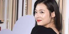 Sulli makes first public appearance since breakup with Choiza http://www.allkpop.com/article/2017/04/sulli-makes-first-public-appearance-since-breakup-with-choiza